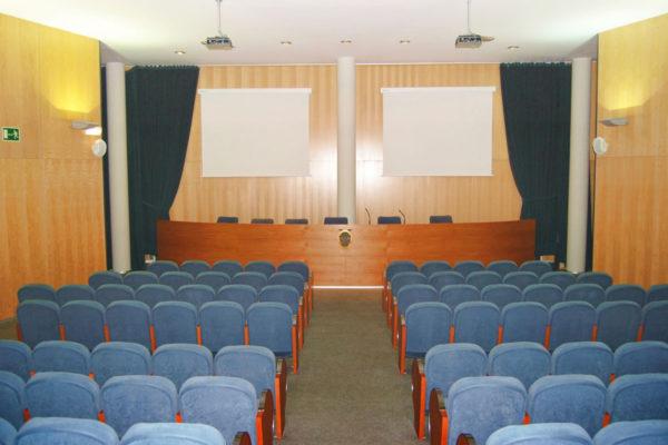 Lloguer de sales: sala conferències